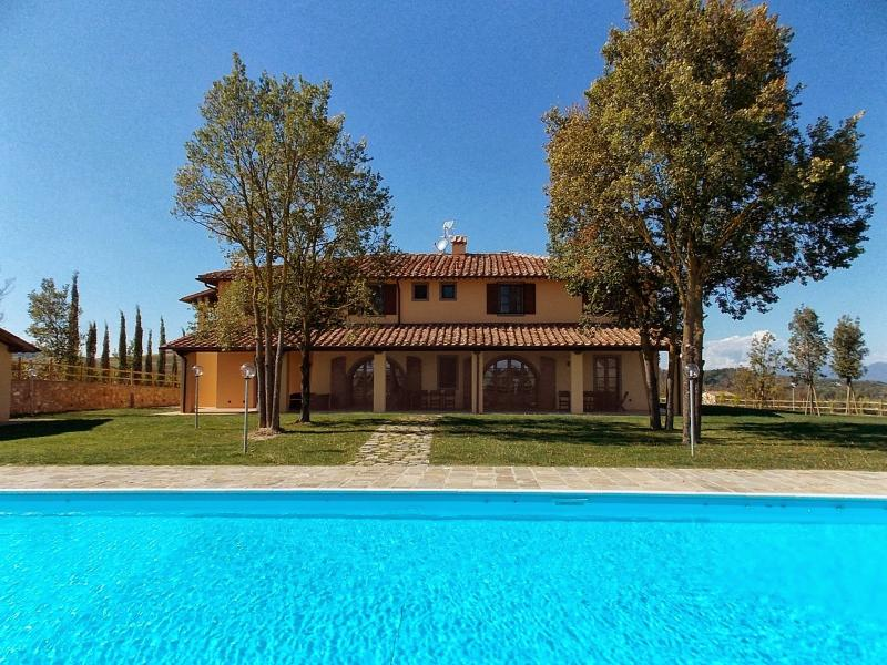 Casa Macehia Meli Villa Sleeps 20 with Pool Air Con and WiFi - 5226907, vacation rental in Capannoli