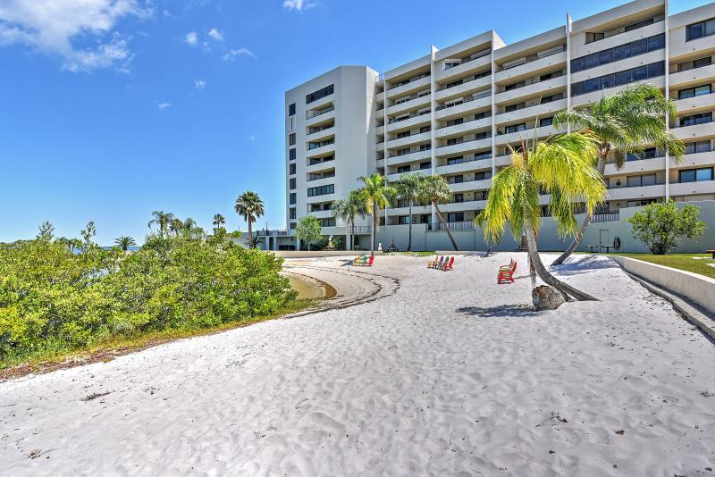 You'll be just steps from the beach at this Hudson vacation rental condo.