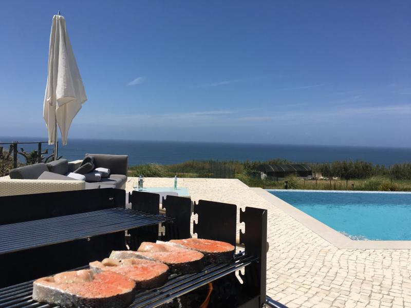 Ocean front Luxury villa, pool, tennis, golf, surf, vacation rental in Areia Branca