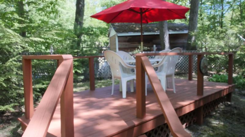 Second back deck