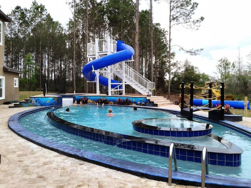 The Great Escape Lakeside Sleeps Up To 45 Has Grill And Children S Pool Updated 2020 Tripadvisor Clermont Vacation Rental