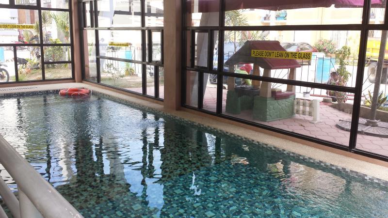 Urban Deca Homes Studio Condominium/Apartelle, vacation rental in Cebu City