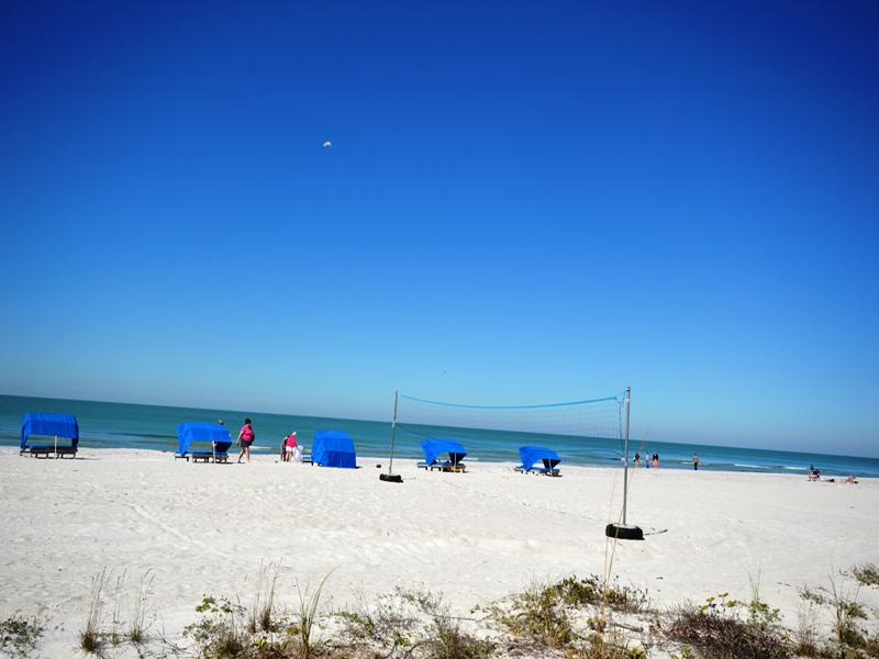 Indian Shores Beach, a mere 3 minute walk from Apartment