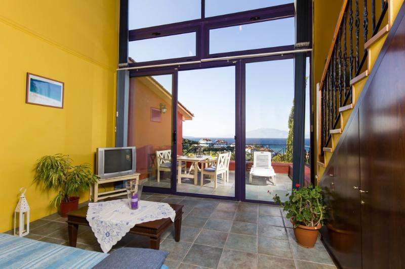 Elia Villa 2, holiday rental in Alykanas