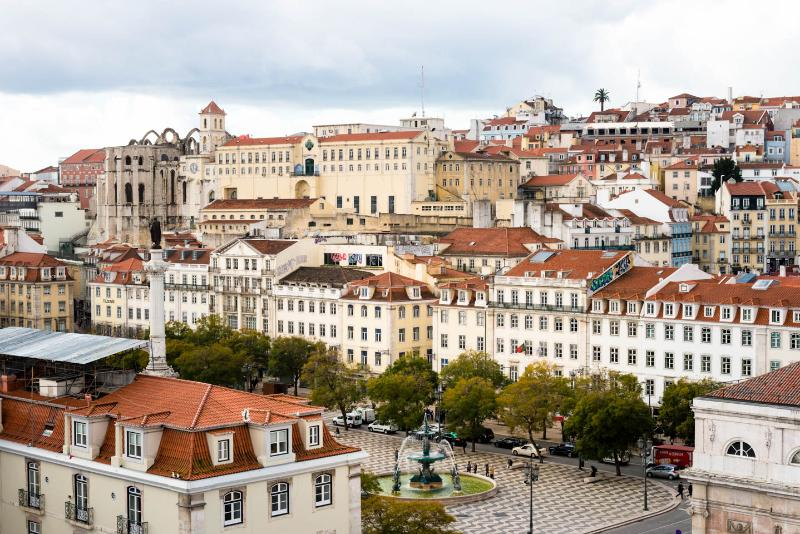 Overlooking the Rossio, Air Conditioning, Free WiFi, alquiler vacacional en Lisboa
