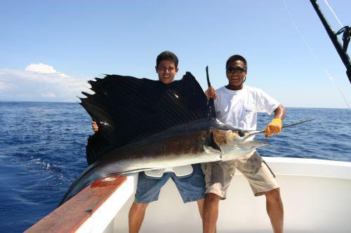 Práctica de Pesca en Jacó