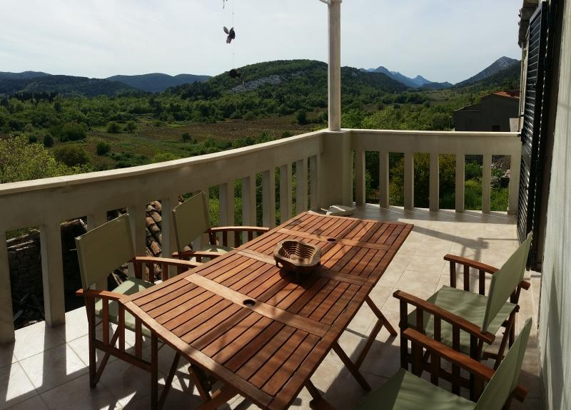 Guesthouse Larus, holiday rental in Podobuce
