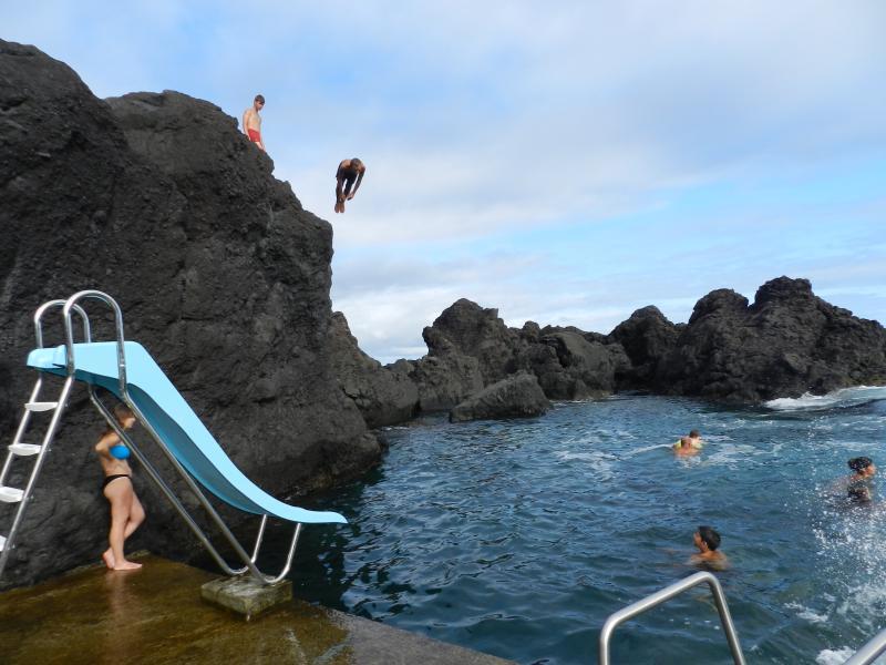 piscina natural da Poça das Mujas