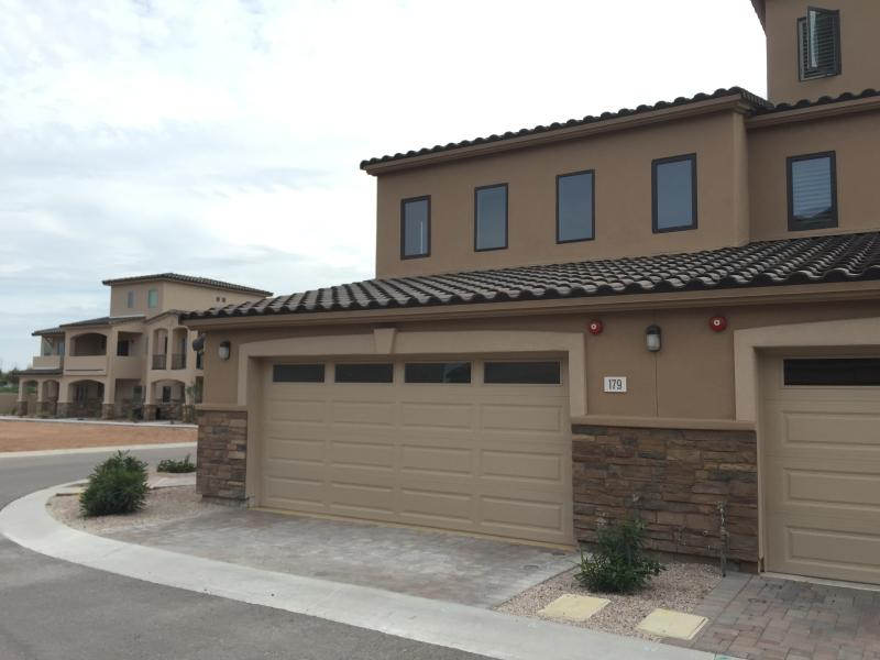 New luxury townhome updated 2019 3 bedroom house rental - 3 bedroom houses for rent in mesa az ...