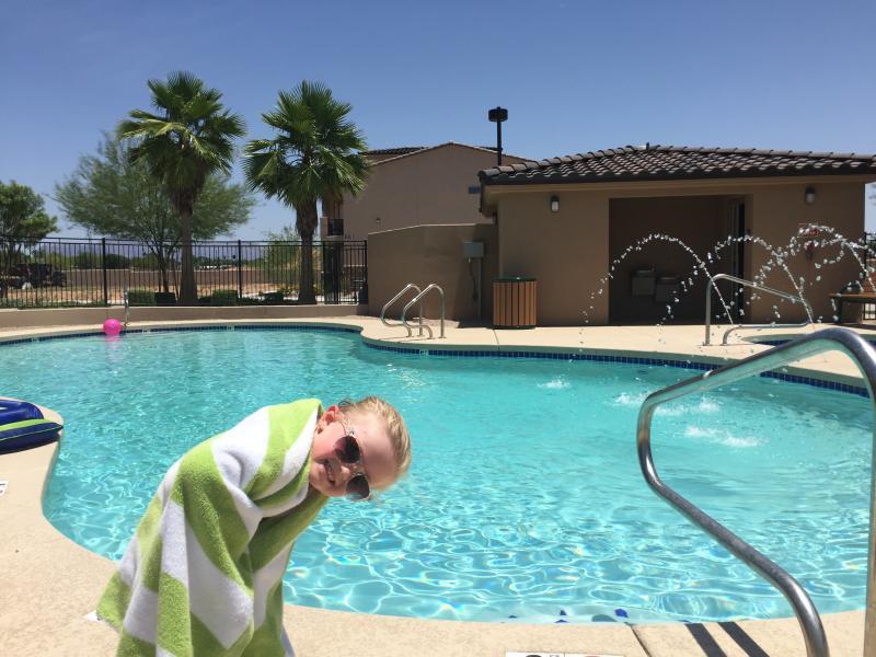 Heated pool,hot tub and outside bathroom!