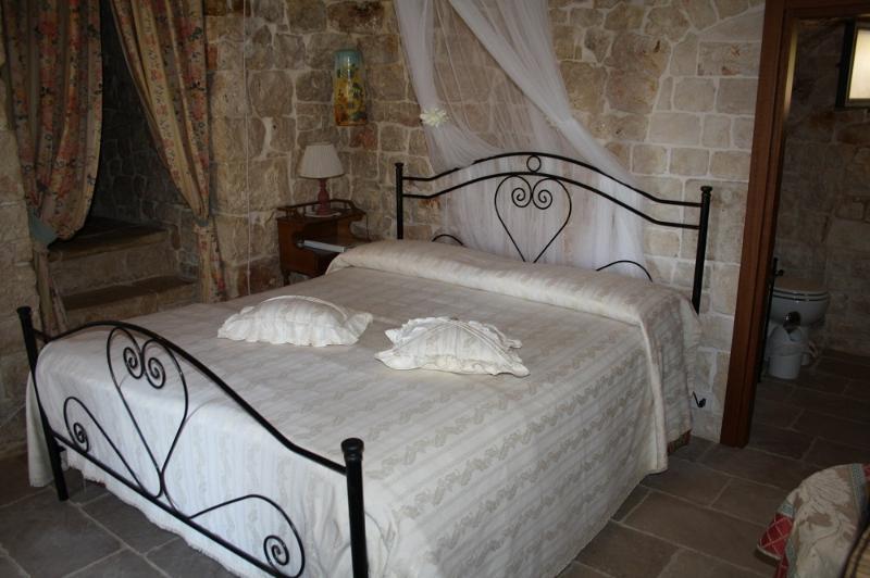 B&b il trullo di nonna lella, holiday rental in Scamardella