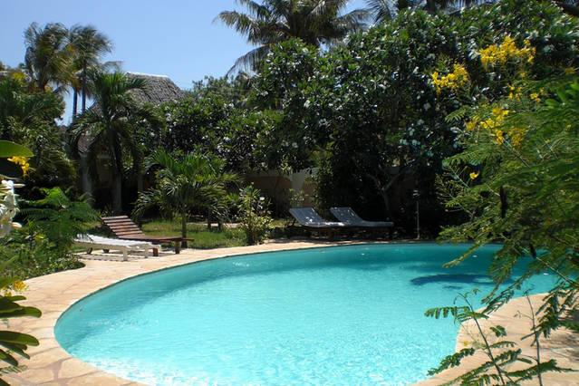 Frangipani Cottages 'Mnazi-House', holiday rental in Diani Beach