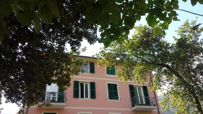 Apartments ARCOBALENO, vacation rental in Framura