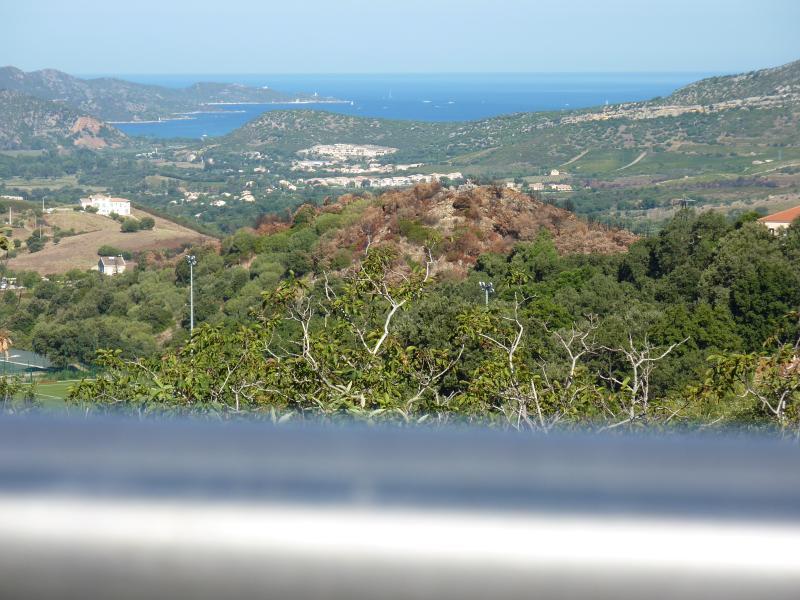 vue golf saint florent depuis la terrasse