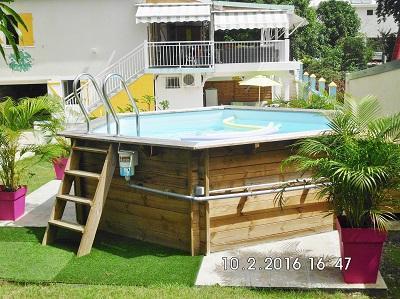 piscine commune de la Kaz  à Nina