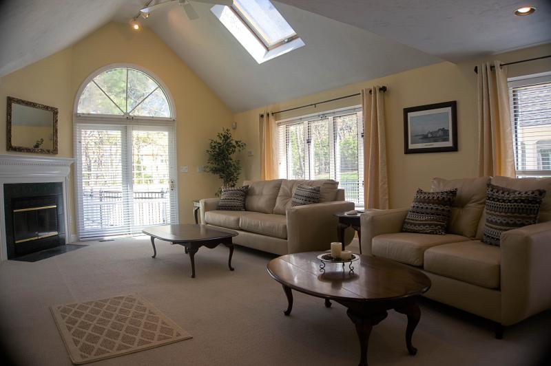 Big Windows-lots of natural light