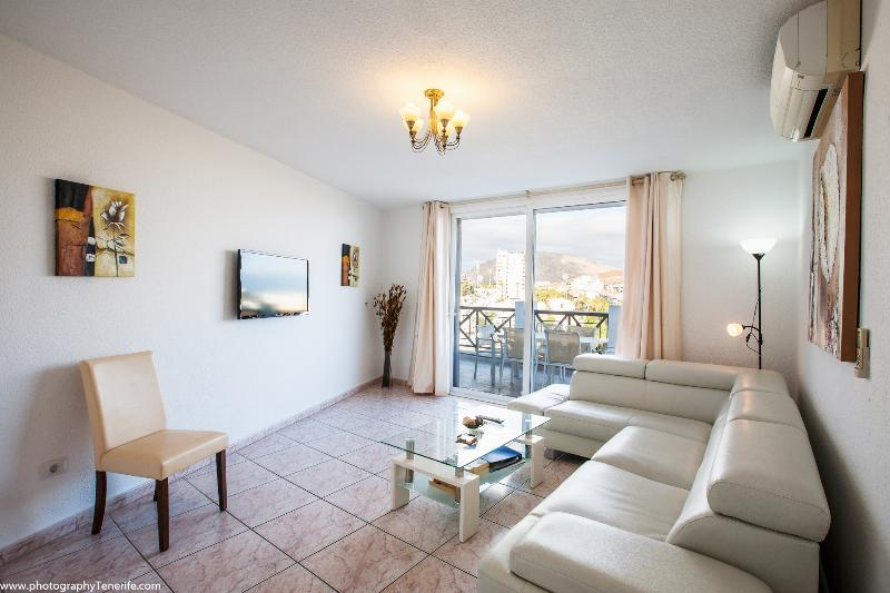 PARQUE SANTIAGO 2  LARGE 3-BED PENTHOUSE WITH AIRCON – semesterbostad i Arona