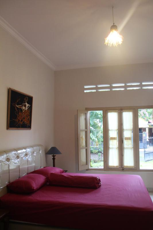 well ventilated master bedroom