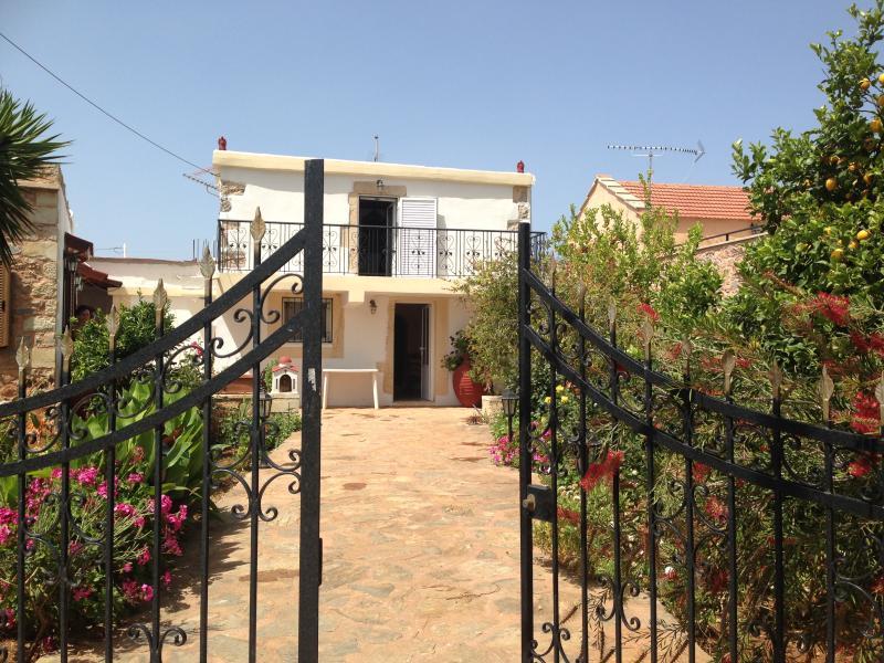 Maison à louer en Crète, vacation rental in Gavalochori