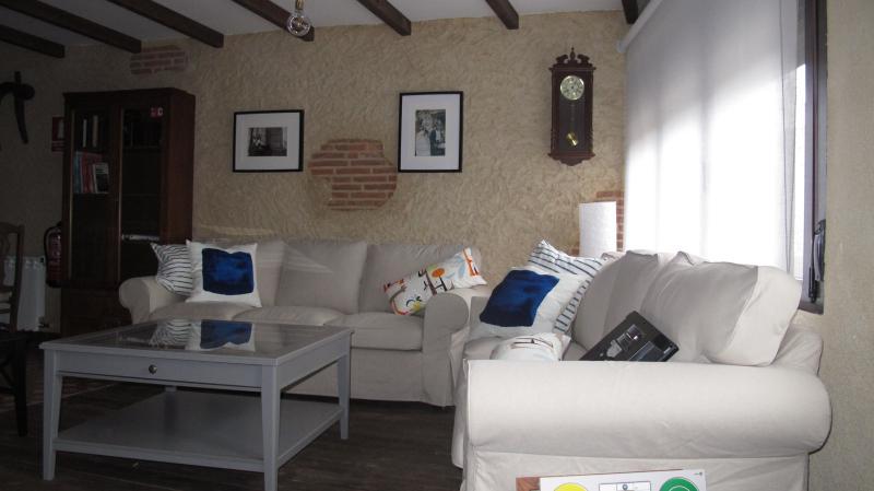 Casa Rural Sueñorural, holiday rental in Guijuelo