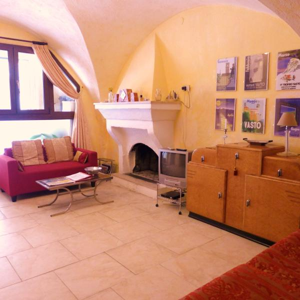 Vasto Historical Center Medieval Apartment, vakantiewoning in Province of Chieti