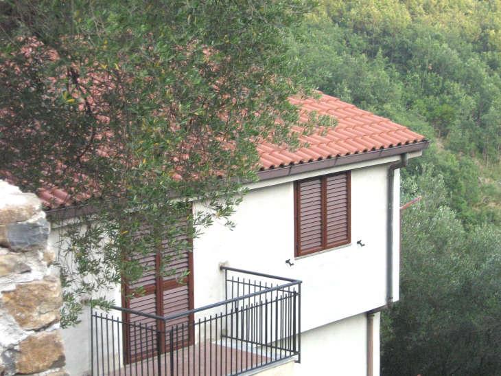 Casa vista dalla strada