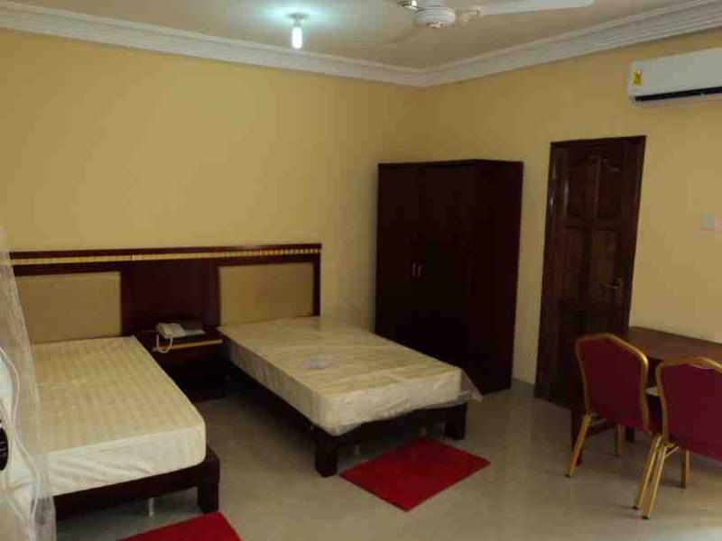 FacultyGH Apartments & Hostel, vacation rental in Odorkor