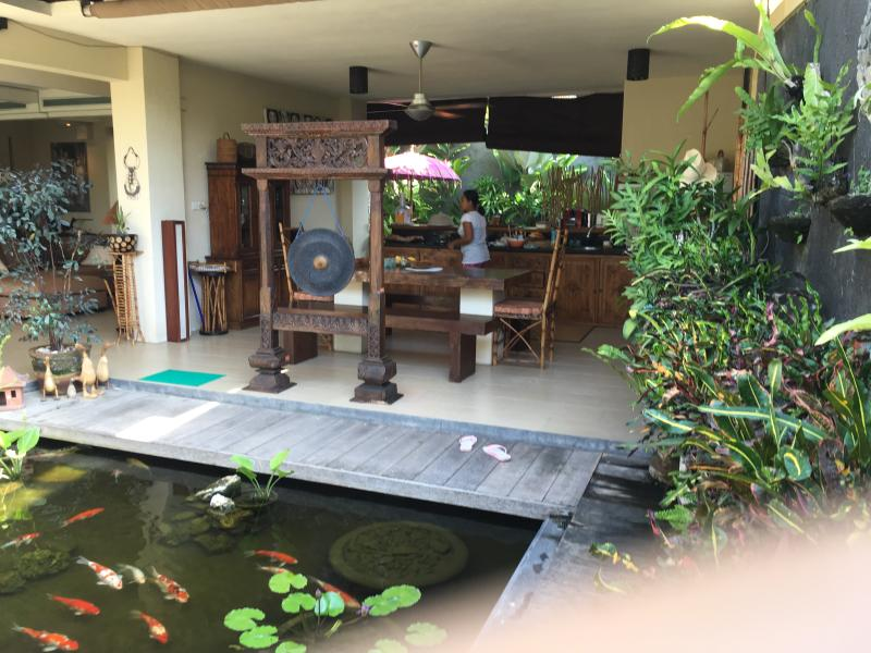 Villa Mandala - Affordable Luxury Bali Retreat, holiday rental in Kerobokan Kaja