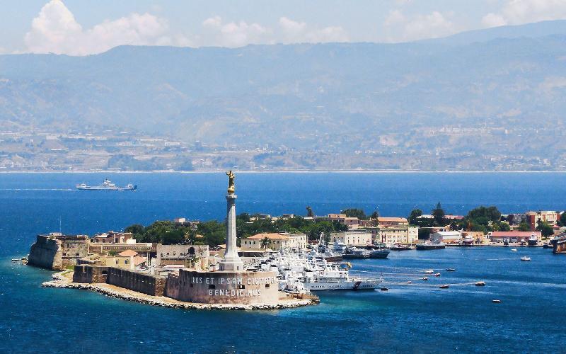 Messina - Strait Madonnina