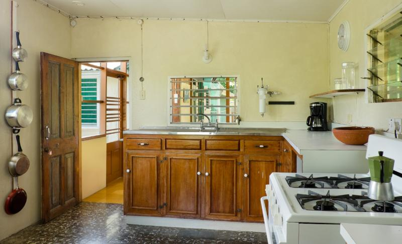 Retreat Plantation House - kitchen 2