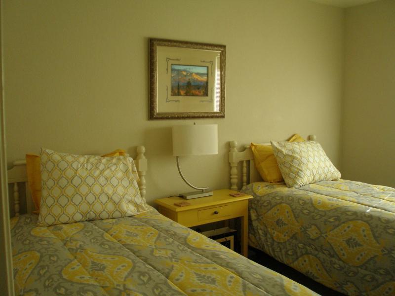 3rd bedroom twin beds