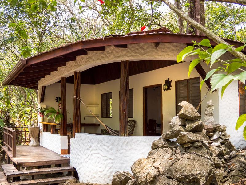 Encanta La  Vida Beach Jungle Lodge, aluguéis de temporada em Puerto Jimenes