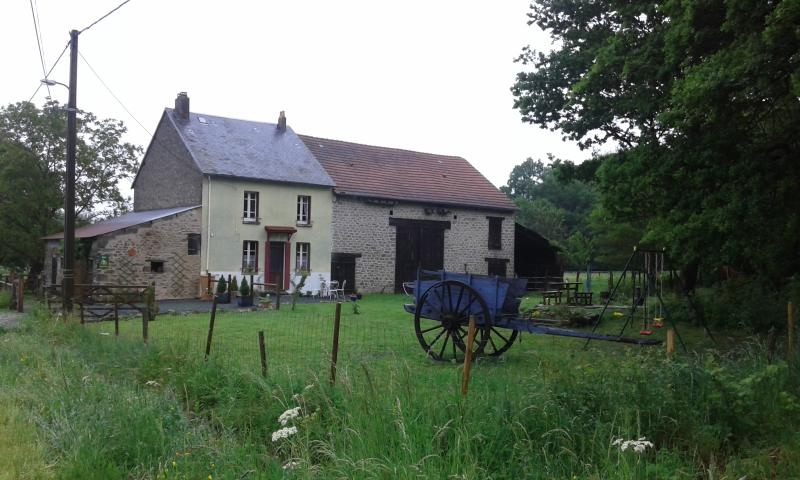 Relax & enjoy the fabulous Cottage de la Roseraie, vacation rental in Creuse