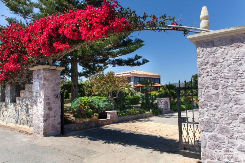 Villa Antikleia, holiday rental in Anissaras