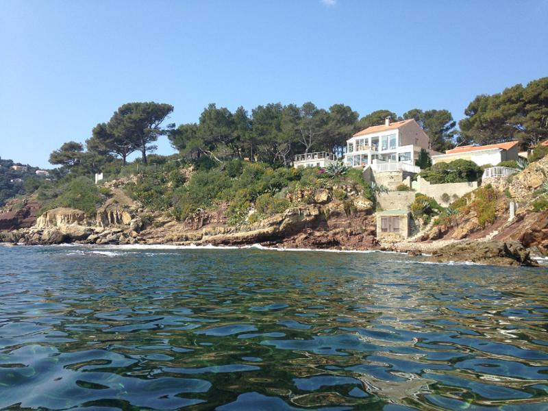 Haut de villa 180 degres mer fabregas, casa vacanza a La Seyne-sur-Mer