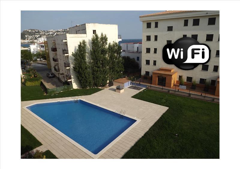 Apartment 3 klimatisierte Zimmer mit Pool und Garage in Rosas Santa Margarita Interimmo
