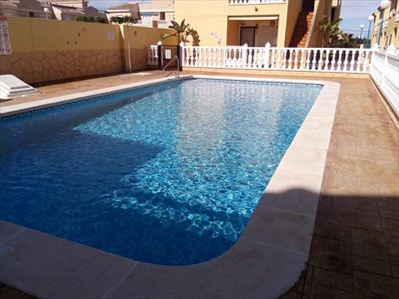 FORMENTERA:2 DORMITORIOS,10 Km PLAYAS GUARDAMAR-TORREVIEJA, holiday rental in Algorfa