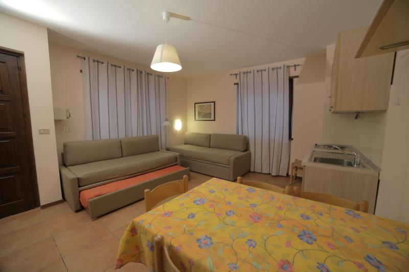 BILOCALE - Appartamenti Bardonecchia, holiday rental in Bardonecchia