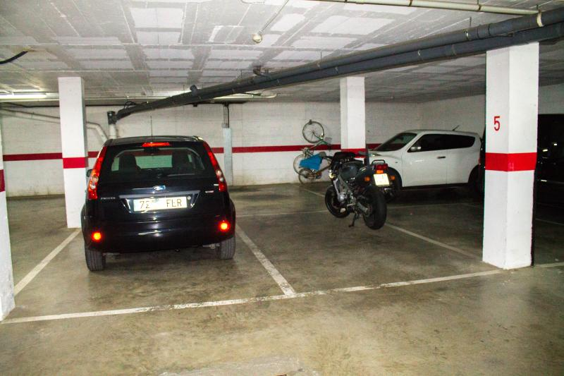 PLAZA PARKING PRIVADA