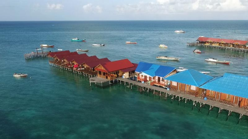 Fisheries Eco Villa, holiday rental in Derawan Islands