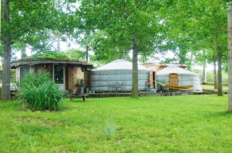 Les Yourtes de Gascogne, vacation rental in Lot-et-Garonne