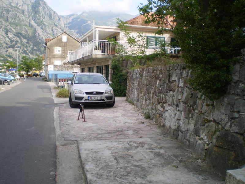 Blue Nest Apartment, vacation rental in Prcanj