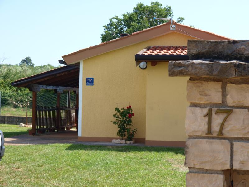 Holiday home Rosa, vacation rental in Porec
