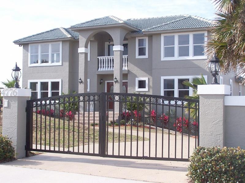FABULOUS 4000+SF BEACH ESTATE HOME, vacation rental in Ponce Inlet