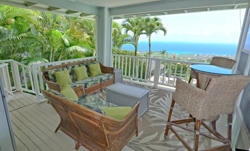 Lots of privacy and endless ocean and coastline views. Watch whales and surfers