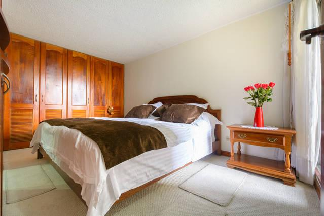 ENJOY a Very comfortable KING bed with LUXURY MATTRESS, FREE Wi-Fi, bathroom  with RELAXING HOT SHOW