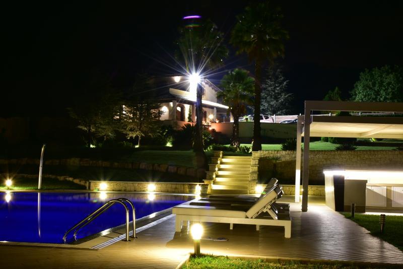 Noite vista para o exterior