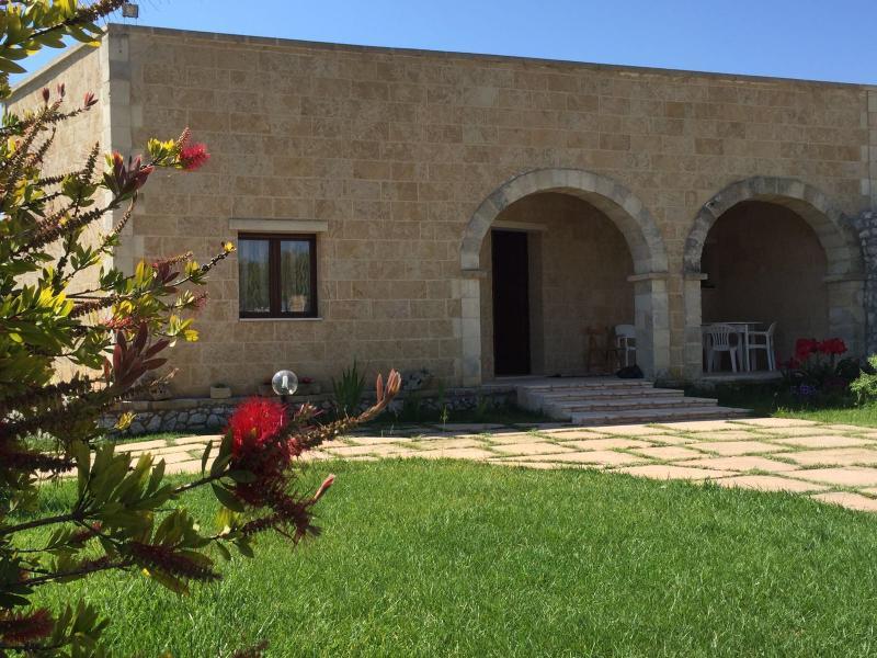 Villa Palagiani - Inside, vacation rental in Serrano
