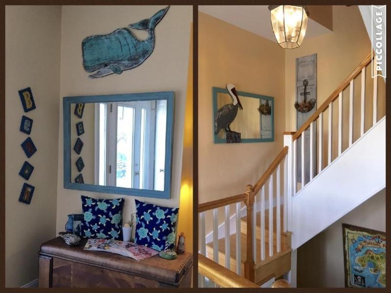 Foyer/ Stairway