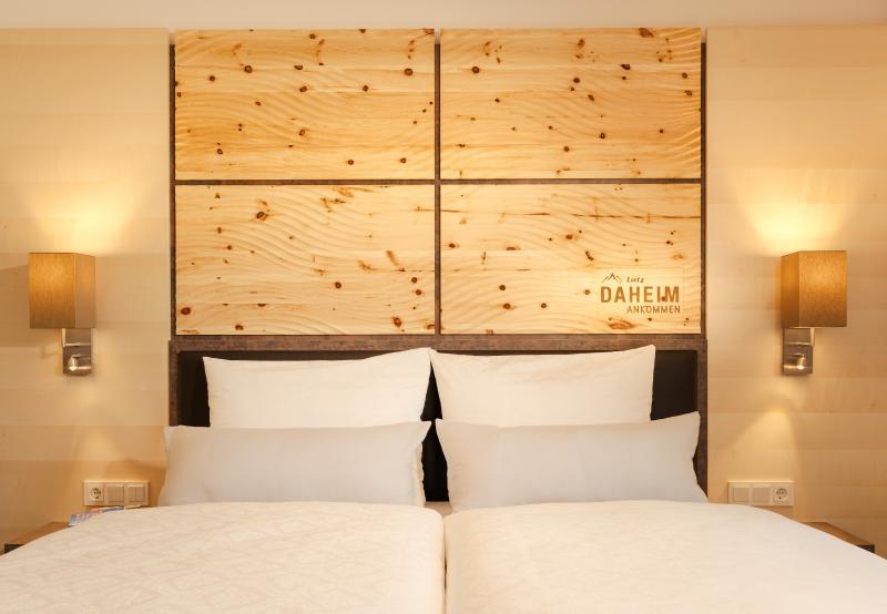 Cozy Double bedroom Zibenholz (panel)